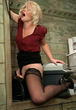 Free Sybian Porn Picture