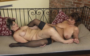 Free Tribbing Porn Picture